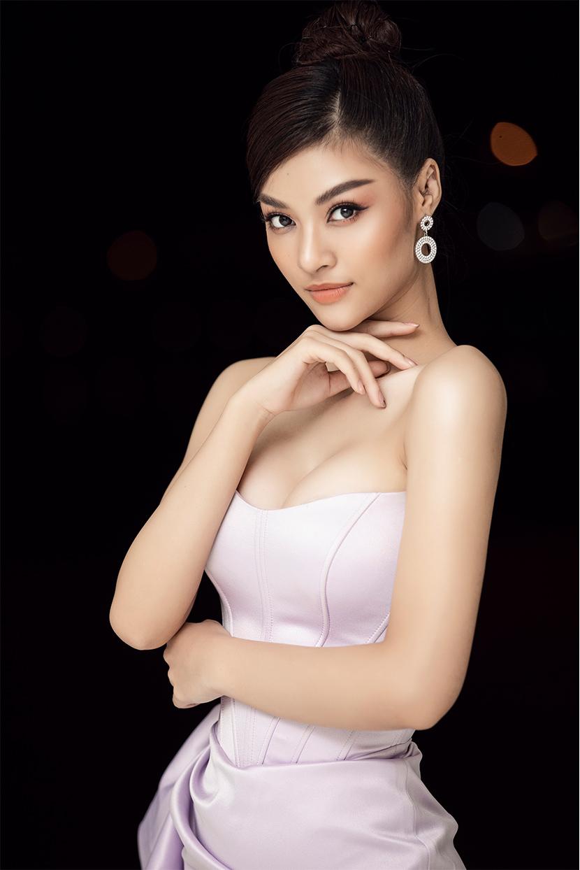 Lona Kiều Loan
